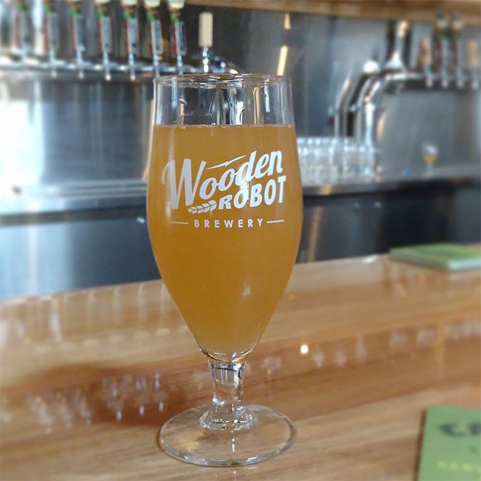 wooden-robot-beer