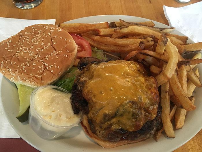 Fenwick's-Burger