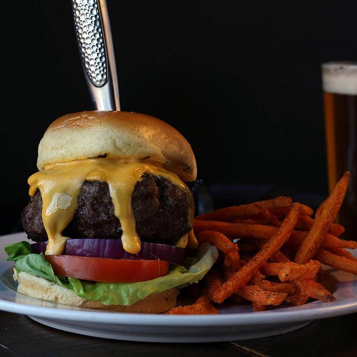 ink-n-ivy-burger