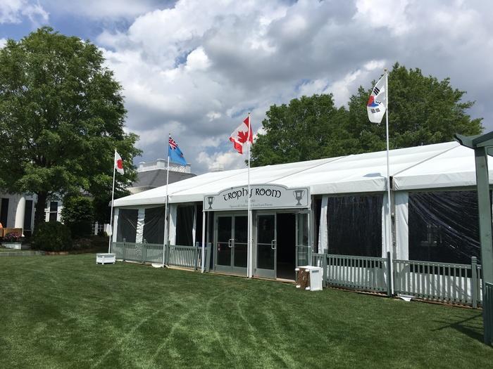 trophy room wells fargo golf