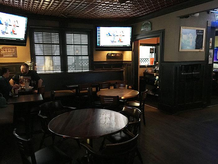 selwyn-pub-inside
