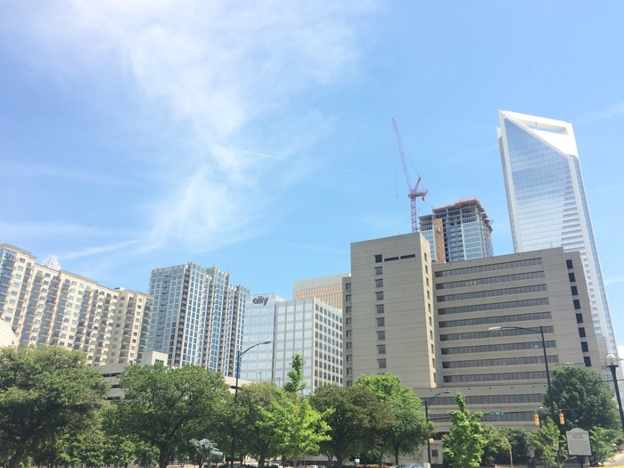 uptown_charlotte_apartments_duke_building