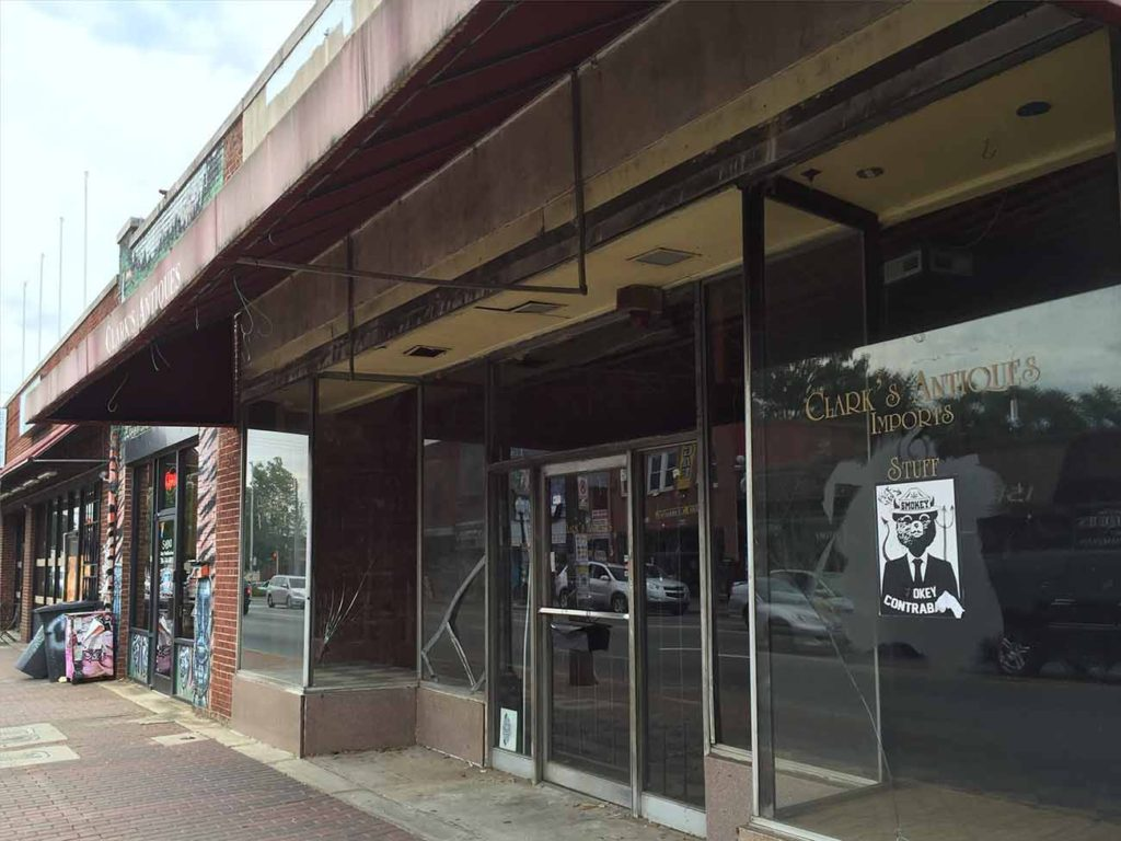 Plaza Midwood is getting a boutique guitar shop this summer