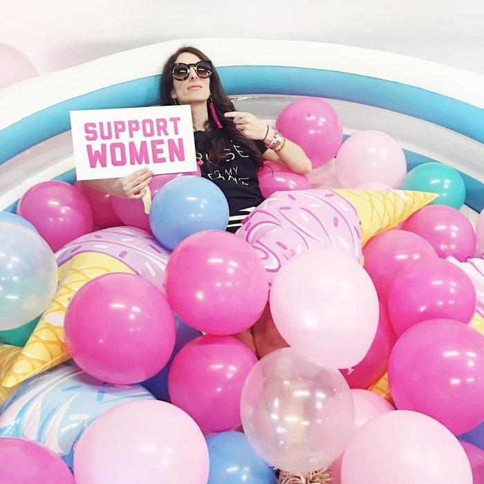 sarah baucom pink social