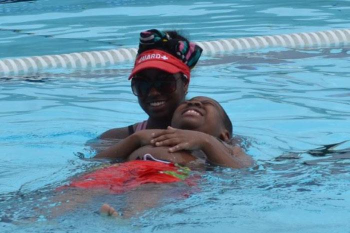 swim-lesson-pool