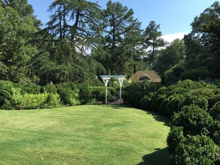vanlandingham grass garden