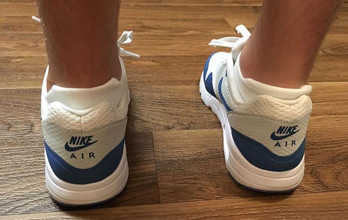 heel-of-feetures-socks