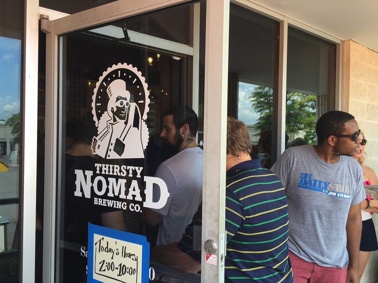 NOW OPEN: Thirsty Nomad brings an intimate atmosphere and sweet front porch rail