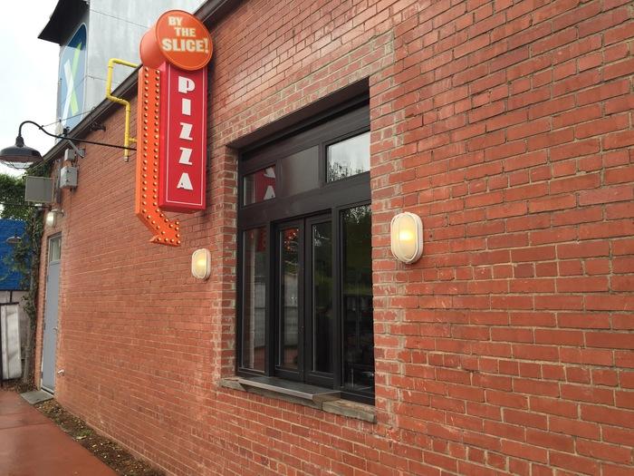 820 pizza shop 2