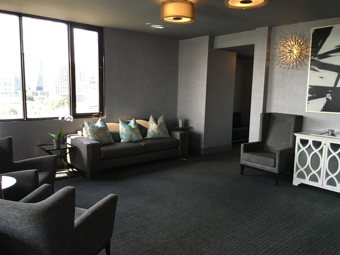 lounge at city lights