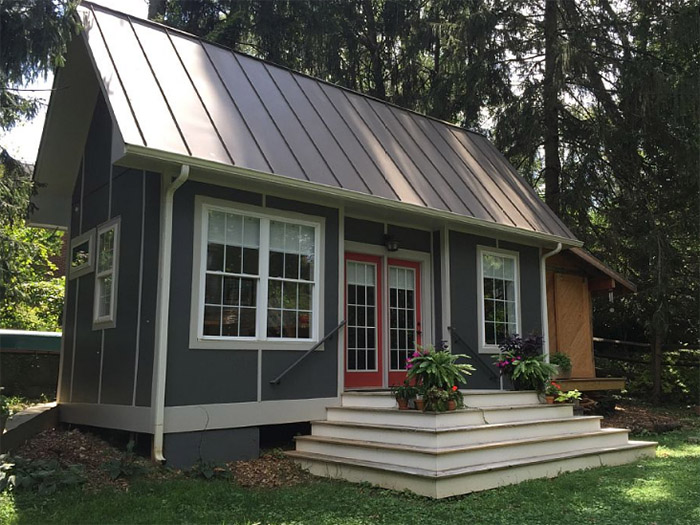 tiny house charlotte nc. Photo Via VRBO Tiny House Charlotte Nc D