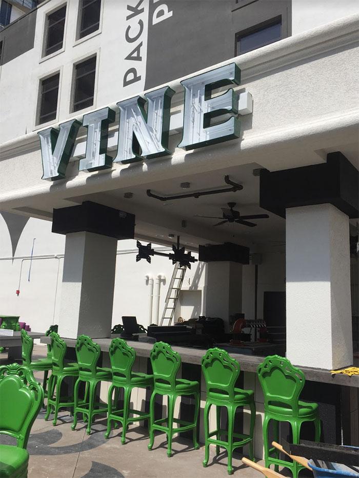 ink-n-ivy-vine-patio
