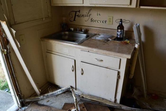 brookhill-village-kitchen