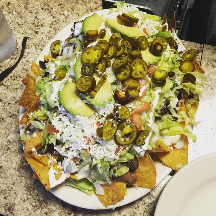 three-amigos-nachos