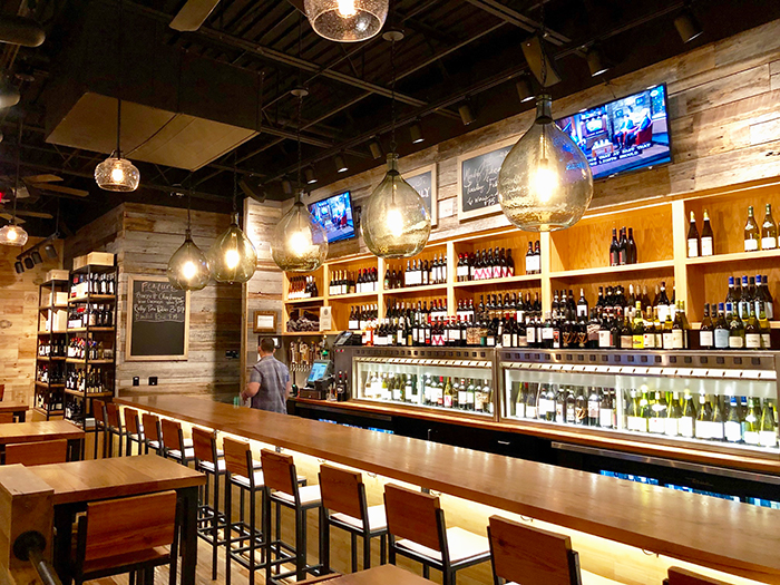 bar-at-foxcroft-wine-in-charlotte