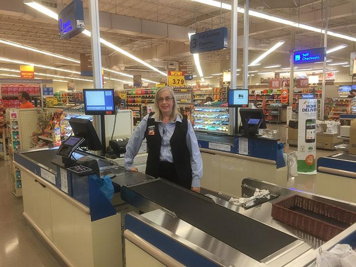 checkout-line-food-lion