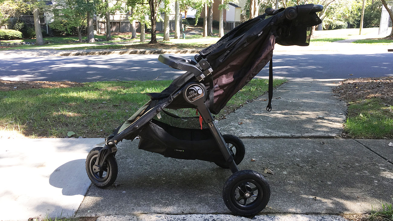 Stroller Strides makes push in Charlotte with 2 new sites
