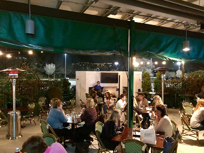 reid's-southpark-patio-wine-bar