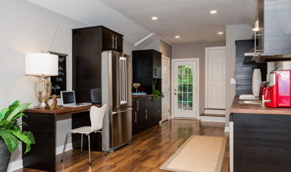 Charming, Renovated Bungalow in Plaza on Quiet Interior Street