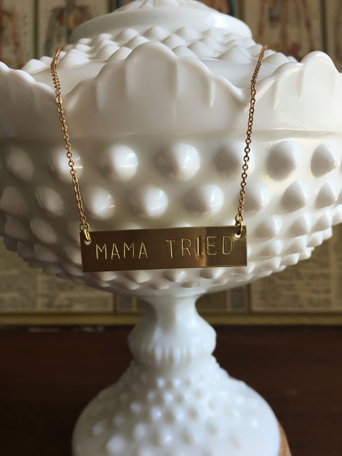 mama-tired-necklace