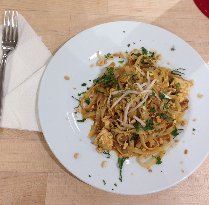sur-la-table-pad-thai