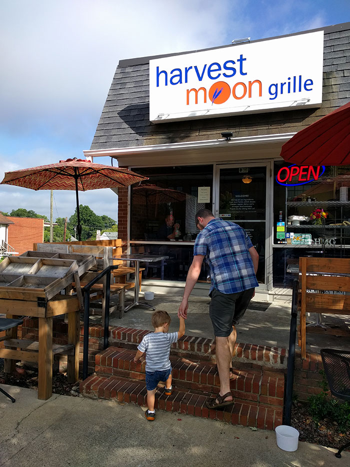harvest-moon-grille-lincolnton