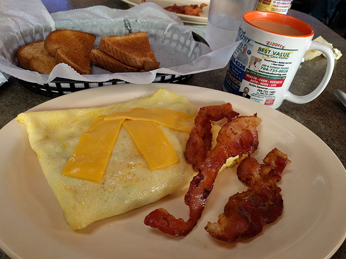 lincolnton-zippers-breakfast