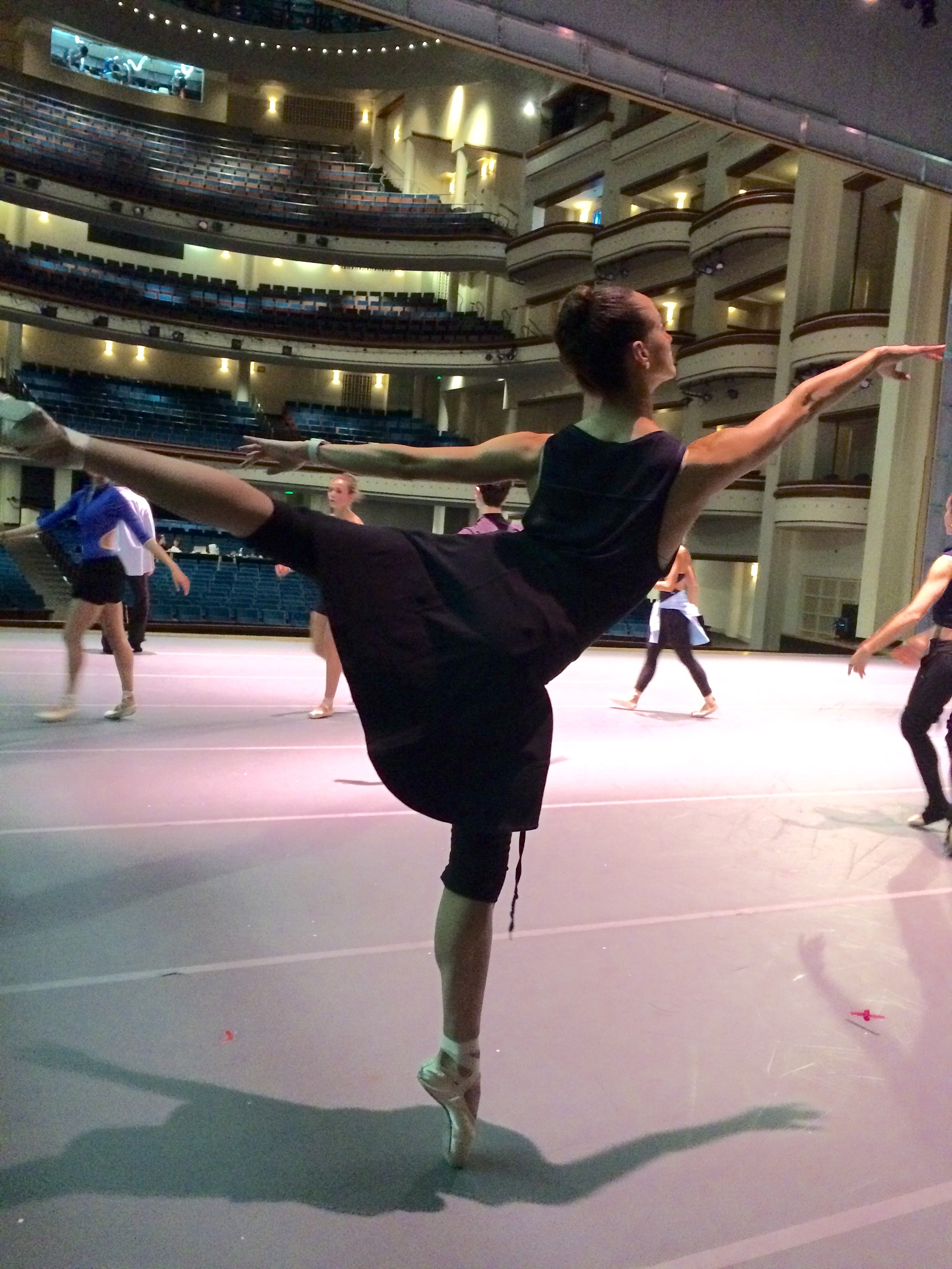 nutcracker_alex-in-warmups