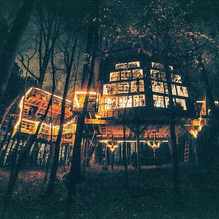 romantic-luxury-treehouse-walhalla