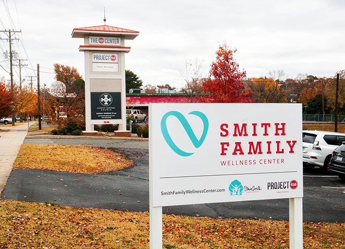 smith-family-wellness-center-sign
