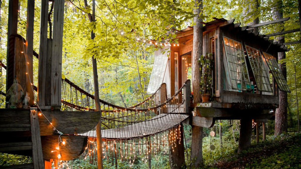 8 amazing treehouses you can book on Airbnb right now