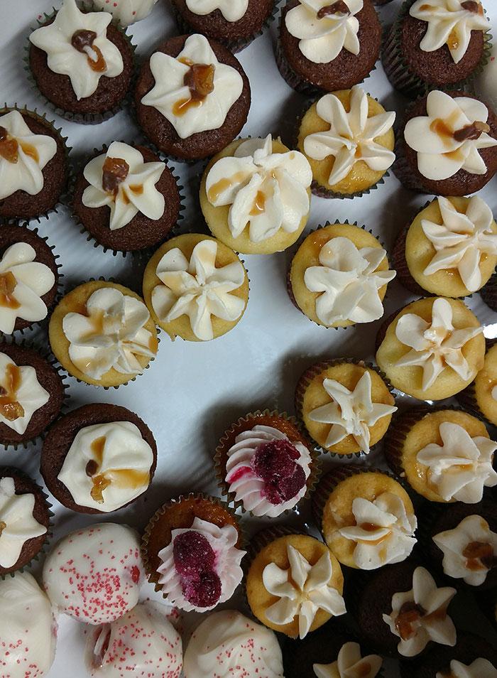 score-cupcakes