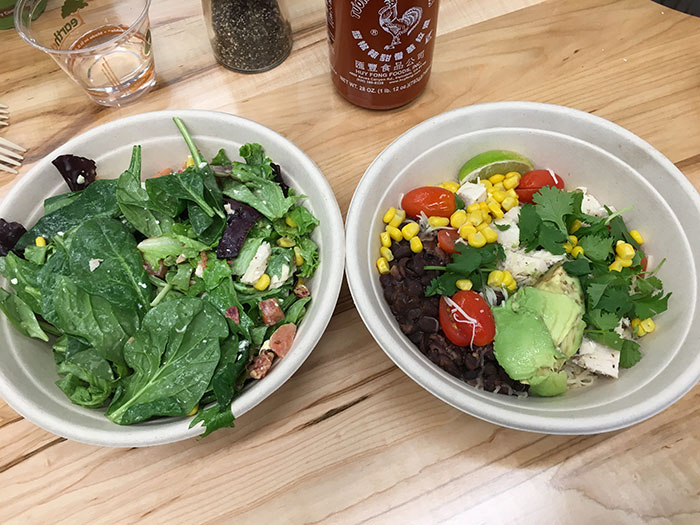 freshii-salad-and-bowl