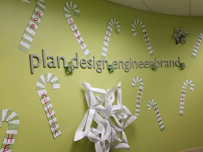 land-design-busi-card-candycanes