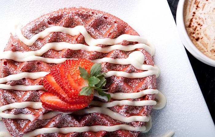 terrace-cafe-red-velvet-waffle