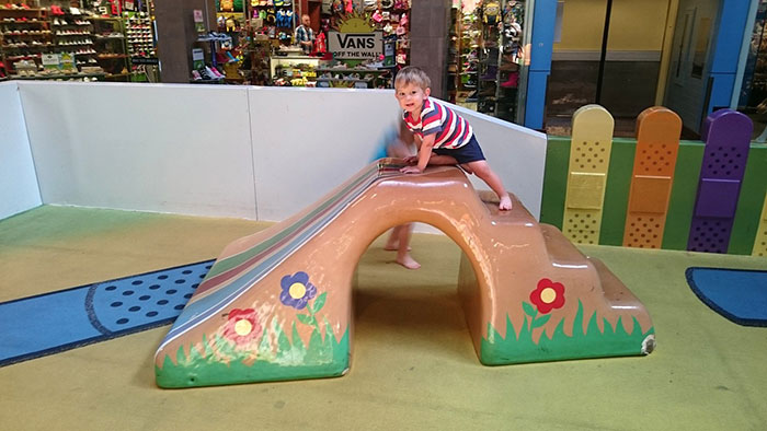 Charlotte s top 4 mall playgrounds ranked charlotte agenda Concord mills mall aquarium