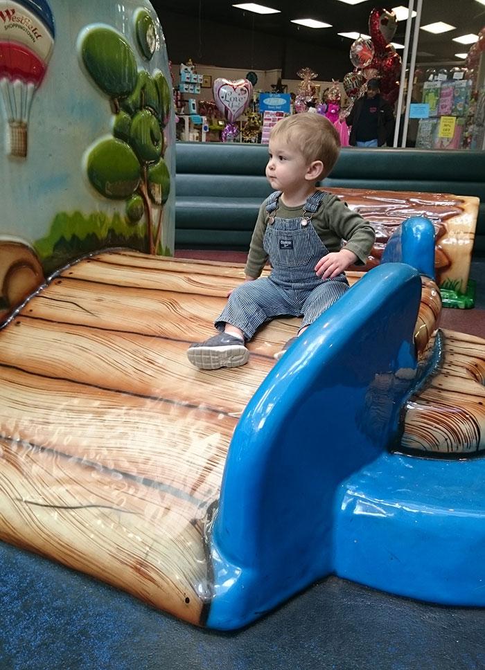 Gastonia-Eastridge-Mall-playground
