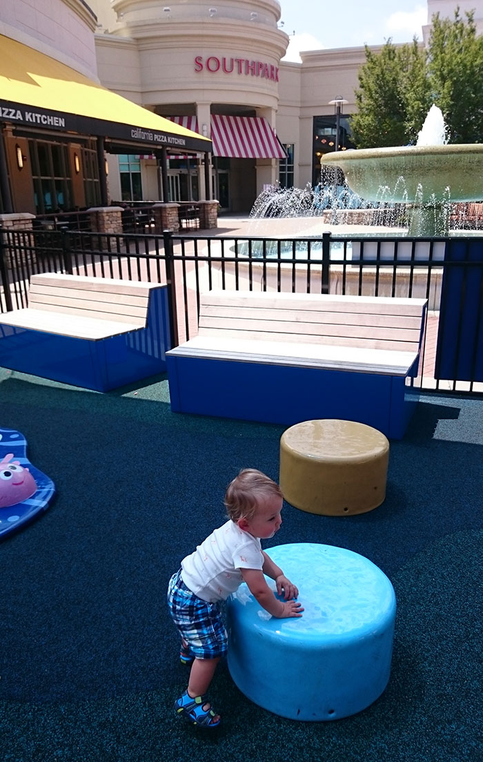 SouthPark-playground-and-fountain