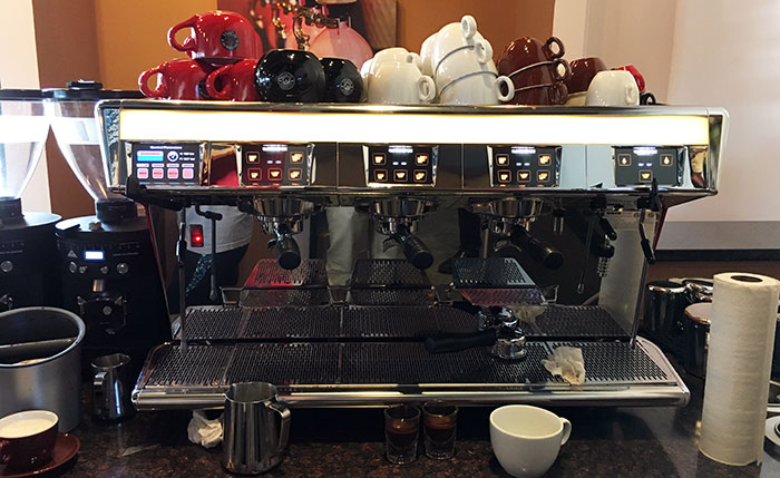 espresso-machine-at-waterbean-coffee