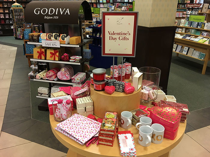 valentines-day-display