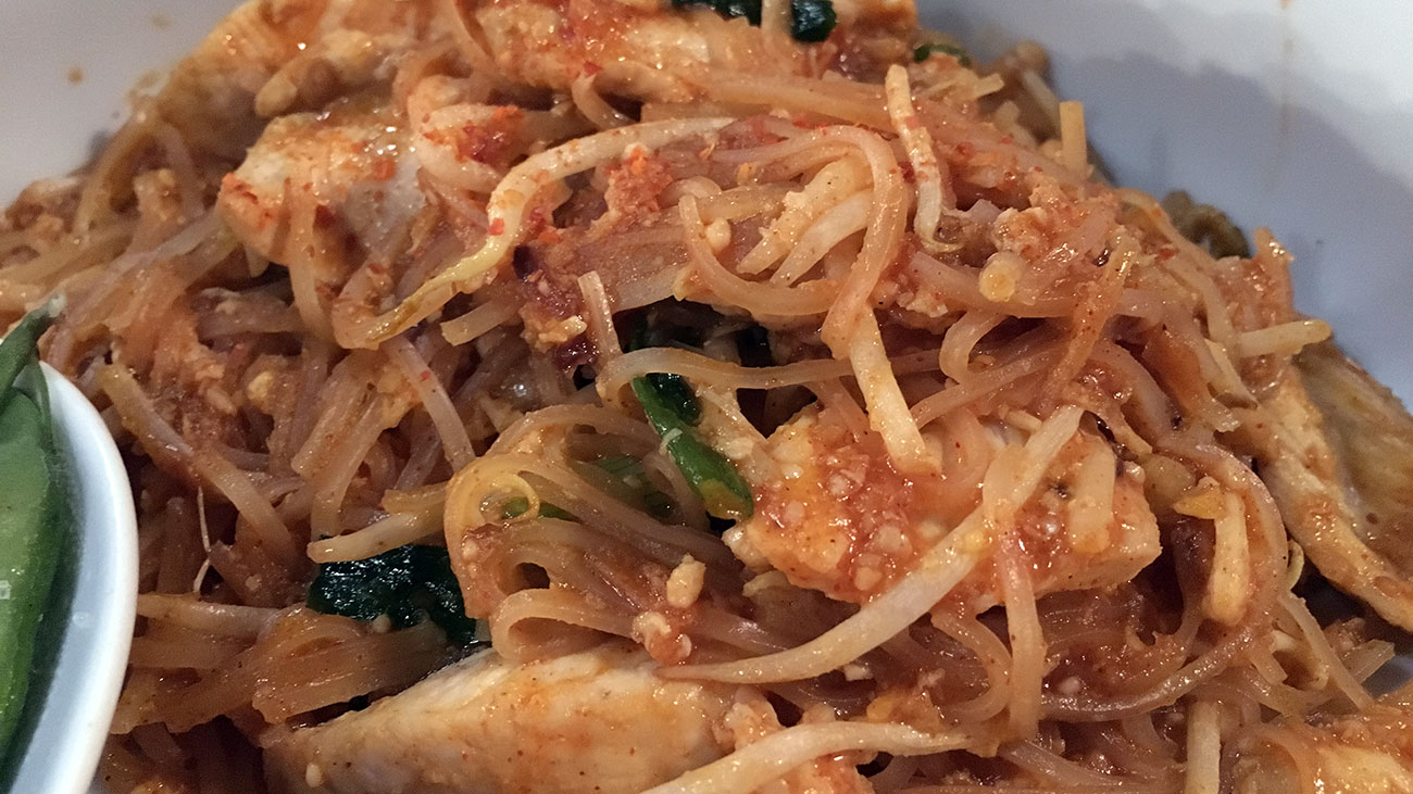 8 best Thai restaurants in Charlotte —and sexy Pad Thai photos to prove it