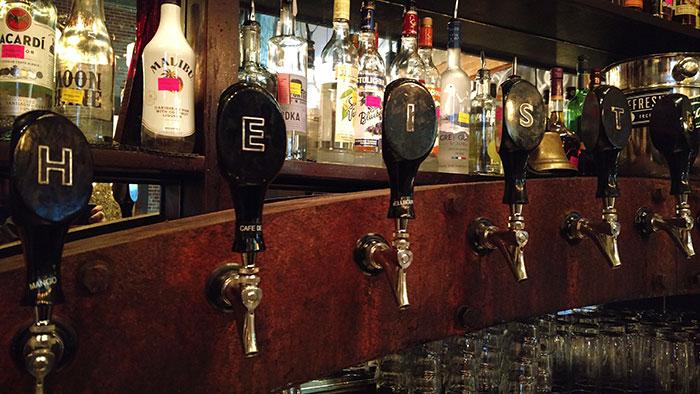 Heist-Brewery-taps