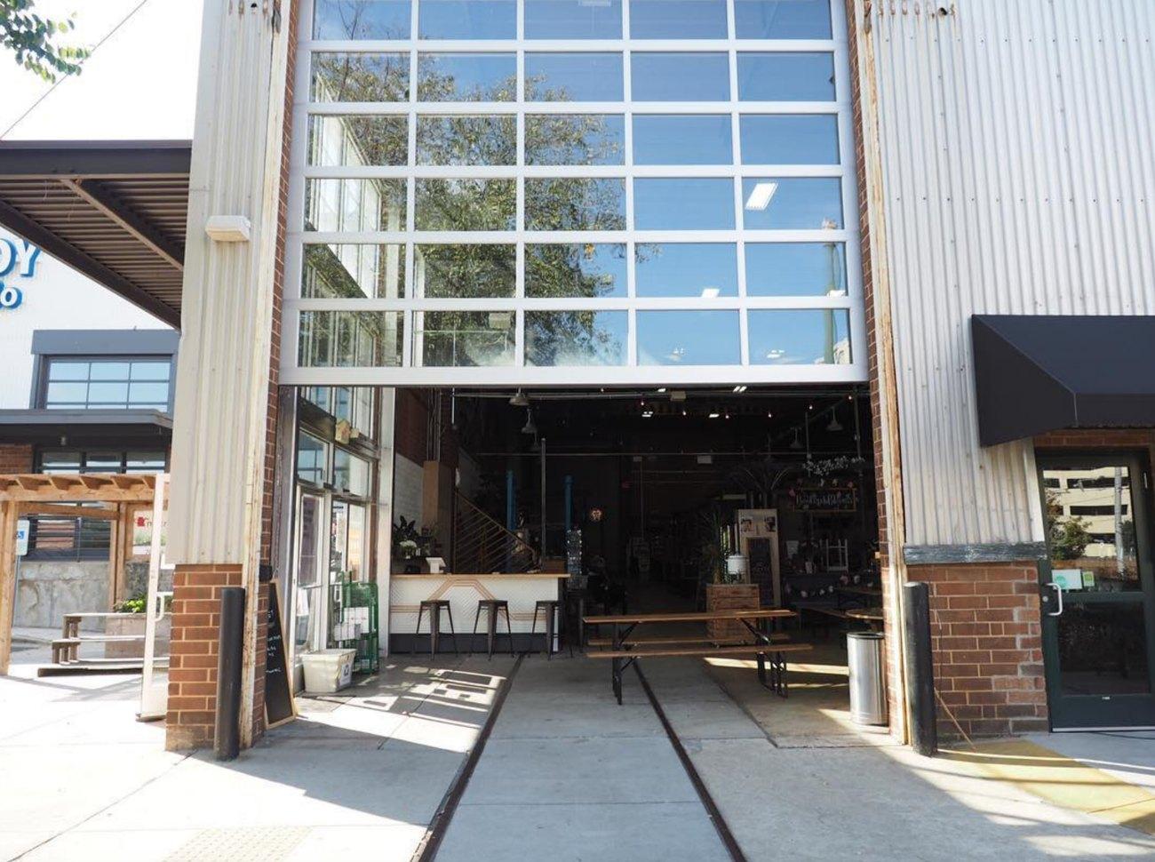 Charlotte's 10 best indoor/outdoor bars and restaurants