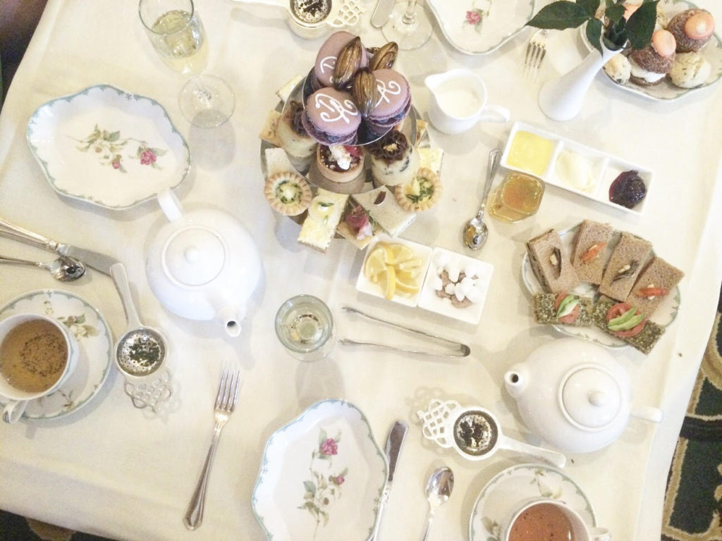 Remind Mom how much you love her with an upscale prix-fixe Mother's Day brunch