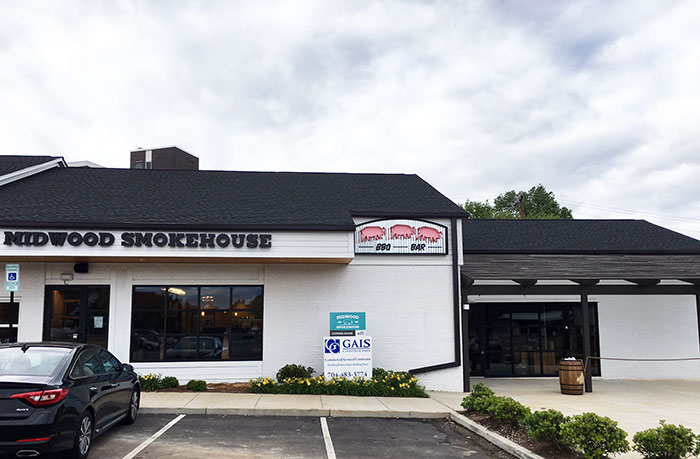 outside-park-road-midwood-smokehouse