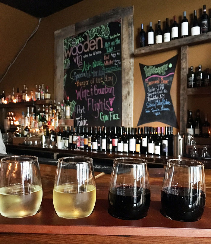 wine-flight-at-wooden-vine-charlotte