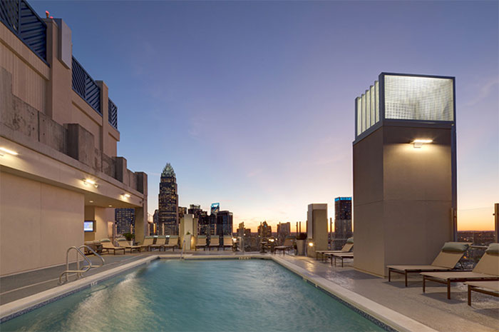 skyhouse-pool-luxury-apartments-charlotte