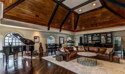 Breathtaking mansion in heart of SouthPark on more than a 1.5...