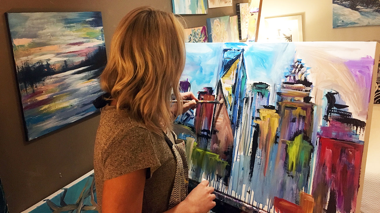 How one Charlotte artist managed to quit her job and replace her previous salary with commission revenue