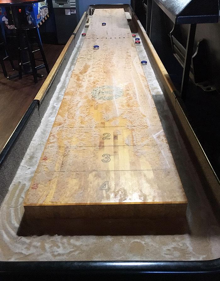 shuffleboard-charlotte-the-brickyard
